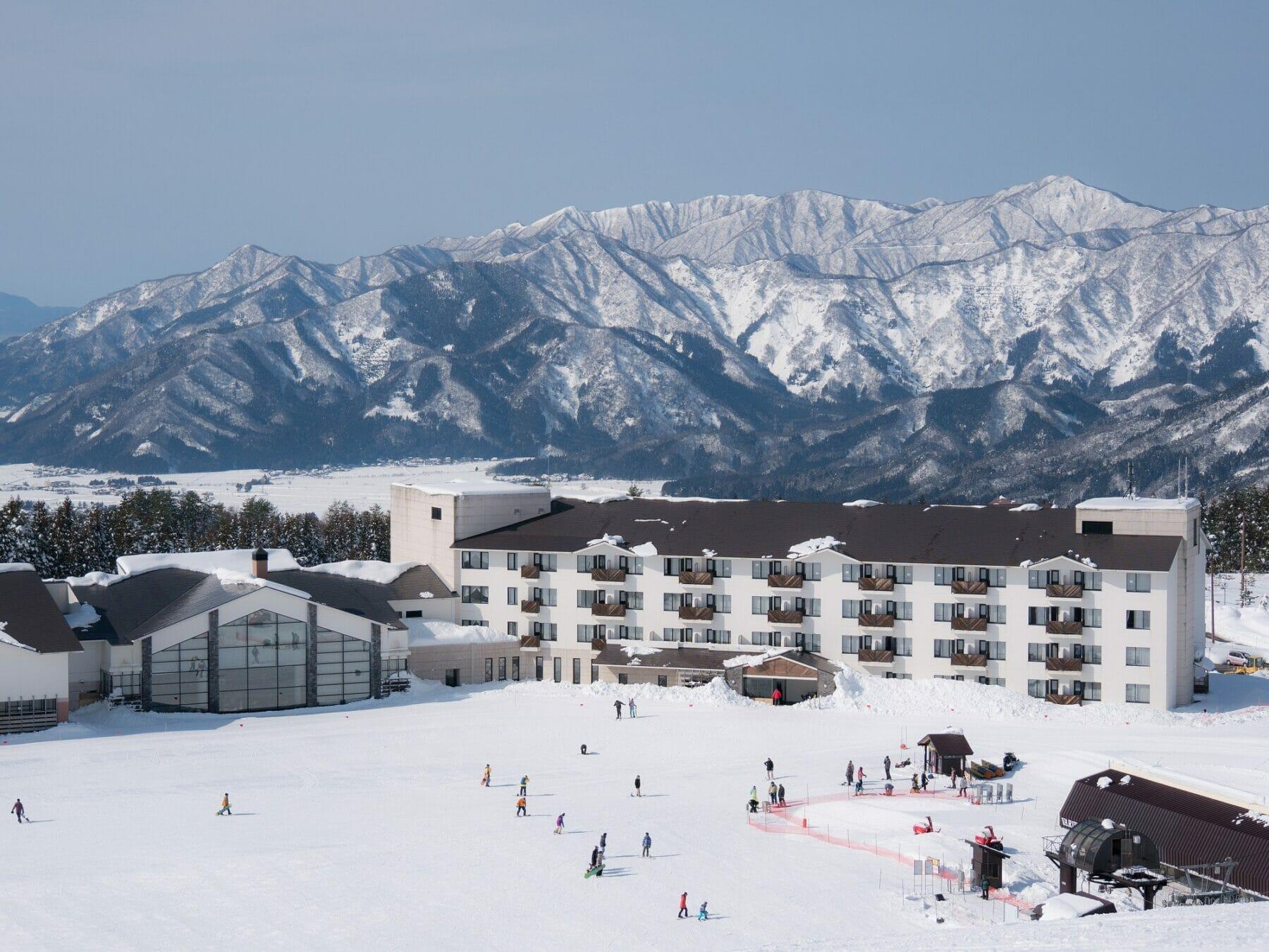 関西スキー場ゲレンデ直結ホテル