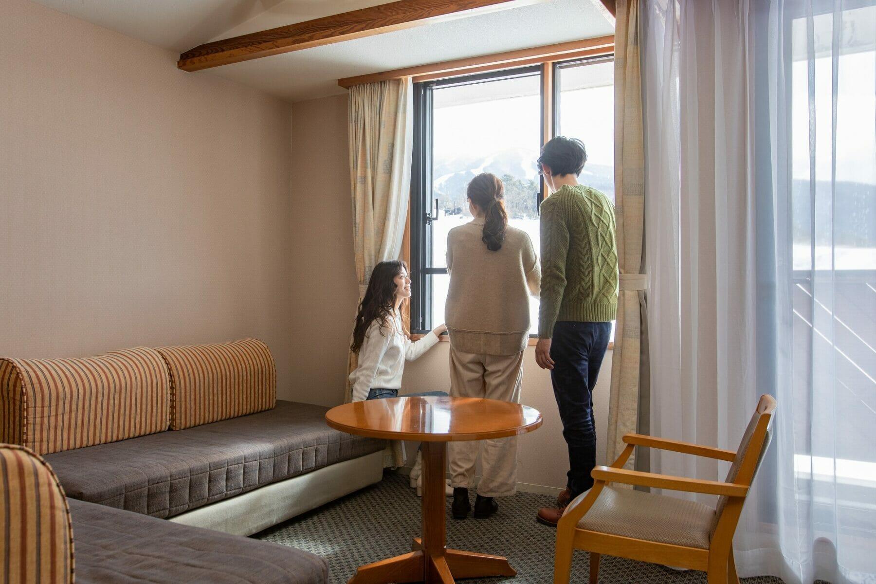 関西スキー場ゲレンデ目の前のホテル